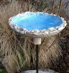 Bird baths - water bowl --- ceramic bird bath - a designer piece of . Bird baths - water bowl --- ceramic bird bath - a unique product by Bodenseekeramik on DaWanda In modern cities, it is s. Ceramic Bird Bath, Diy Bird Bath, Ceramic Wall Art, Ceramic Birds, Ceramic Pots, Ceramic Flowers, Garden Whimsy, Garden Art, Cerámica Ideas