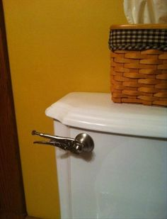 Very creative pictures and idea's of getting things DONE! Diy Projects Gone Wrong, Creative Pictures, Funny Pictures, Country Boy Can Survive, Plumbing Humor, Mechanic Humor, Flush Toilet, What Next, Getting Things Done