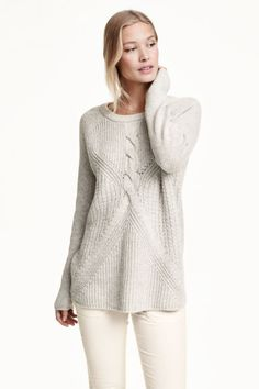 Pattern-knit jumper: Pattern-knit jumper in a soft cotton blend containing some wool with long raglan sleeves and a stocking-stitched back.