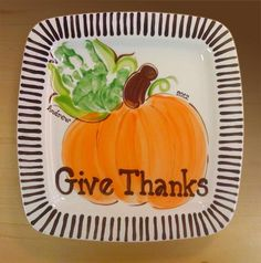 Newest Absolutely Free handprint Pottery Ideas Concepts Painted Zebra – Hand Prints onto Ceramics Hand Painted Pottery, Pottery Painting, Ceramic Painting, Halloween Crafts, Holiday Crafts, Halloween Ideas, Thanksgiving Plates, Thanksgiving Lunch, Christmas Plates