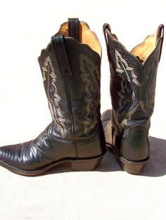 Lucchese western boots -deadlyvintage.com (mens 6 1/2B)