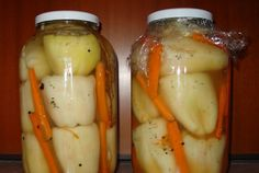 Ardei gras umplut cu varza si morcov (muratura) Pickles, Potatoes, Eggs, Chicken, Meat, Vegetables, Breakfast, Food, Canning