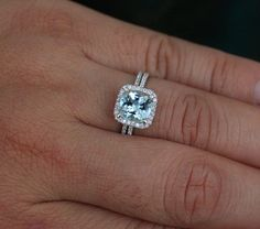 Superb Aquamarine Engagement Ring and Diamond Wedding Ring Set