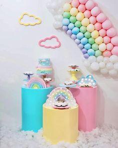 Rainbow First Birthday, 2nd Birthday, Birthday Parties, Balloon Decorations, Birthday Decorations, Baby Shower Decorations, Unicorn Party, Unicorn Birthday, Deco Baby Shower