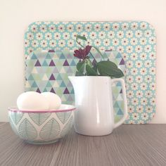 Spring is in the air! . #aspegren#aspegrendk@wikwalsoe#bowl#danishdesign#norwegiandesign#prettyporcelain#mug#wikwalsoe#wikogwalsøe#dusepasteller#geometric#blue#green#seabreeze#color#instainterior#whitewood