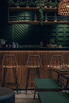 Restaurant Designs: Mama Pho Restaurant, Palm Jumeirah - Love That Design Rustic Restaurant Interior, Bistro Interior, Decoration Restaurant, Asian Interior Design, Modern Restaurant, Restaurant Bar Design, Classic Restaurant, Sushi Bar Design, Mexican Restaurant Decor