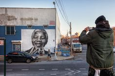 Nelson Mandela mural in Williamsburg