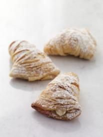 Carlos Bakery lobster tails....OMG, they'll change your life!  :)