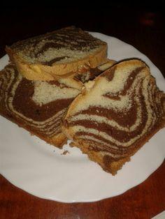 Retete culinare : Chec pufos marmorat, Reteta postata de nacularisa in categoria… Lidl, Quick Bread, Sweet Bread, Cake Cookies, Breads, Pancakes, French Toast, Sweets, Breakfast