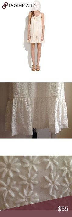 Madewell Daisy White sundress size M Cotton white sundress with daisy stitching and adjustable shoulder stays. Great as a cover up! Madewell Dresses