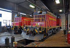RailPictures.Net Photo: CTRR #33 Cloquet Terminal Railroad EMD SW1 at Cloquet, Minnesota by Todd M.