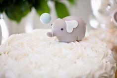 Para o Teo fizemos essa linda festa de 01 aninho com tema Elefantinho!!    ...