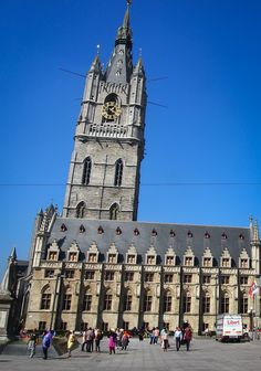 Belgium may seem to only have 11 UNESCO World Heritage Sites, but there are actually many more. Did you know, for example, that 32 Belgian belfries are counted as one single UNESCO site? In this post you can read about ten of them.