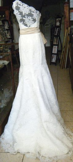 Assymetric Shoulder Ivory lace wedding gown - Back View