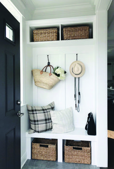 Excellent organizing diy mudroom your home. Excellent organizing diy mudroom your home. The post Excellent organizing diy mudroom your home. appeared first on Home. Mudroom Decor, Apartment Entrance, Hallway Storage, Hall Interior, Cool Apartments, Entryway Closet, Mudroom Design, Home Decor, Entryway Decor Small