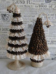 cristmas crafts Xmas Tree, Christmas Tree Decorations, Christmas Diy, Holiday Crafts, Cone Christmas Trees, Christmas Projects, Christmas Ornaments, Christmas Coffee, Choinki