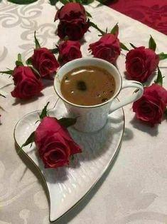 Il caffè e le rose