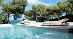 53 Minimalist Small Pool Design With Beautiful… Paola Lenti, Hotel Safe, Best Vacation Destinations, Pool Furniture, Furniture Movers, Street Furniture, Cheap Furniture, Discount Furniture, Luxury Furniture