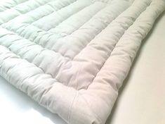 Yün yorgan nasıl yıkanır sorusuna güzel bir makale hazırladık, yün yorgan nasıl yıkıyoruz. Yaz temizliklerinin başladığı dönem kış ayı başlamadan sıcak hava