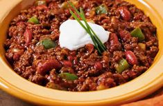 A simple Chilli con carne recipe for you to cook a great meal for family or friends. Buy the ingredients for our Chilli con carne recipe from Tesco today. Beef Recipes, Cooking Recipes, Healthy Recipes, Freezable Recipes, Healthy Meals, Delicious Recipes, Healthy Foods, Healthy Eating, Nachos