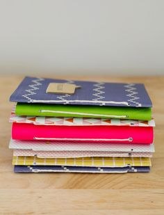 Easy Homemade Journals. Click through for step-by-step tutorial. #bookbinding