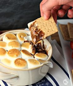 Easy Smores Fondue by Renees Kitchen Adventures Easy recipe for a smores inspired dessert made indoors Ooey gooey deliciousness Desert Recipes, Fall Recipes, Holiday Recipes, Dessert Simple, Dessert Food, Fondue Recipes, Cooking Recipes, Fondue Ideas, Dip Recipes