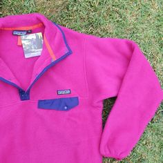 Vintage Patagonia Synchilla Snap-T fleece new with tag Pink womens S for winter snow, sports , mountain , sweatshirt , 1991 solid Patagonia Synchilla, Vintage Winter, Winter Sports, Purple, Pink, My Etsy Shop, Trending Outfits, Long Sleeve, Check