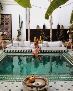 Whether its a staycation or vacation you are entering into these holidays, make one thing clear: be close to a swimming pool. Whether its lounging around Exterior Design, Interior And Exterior, Interior Modern, Outdoor Spaces, Outdoor Living, Pool Diy, The Places Youll Go, Places To Go, Le Riad