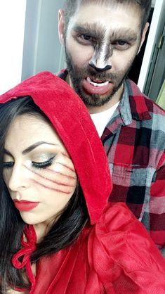Halloween Makeup Clown, Disney Halloween Costumes, Maquillage Halloween, Couple Halloween, Halloween Outfits, Halloween Party, Red Riding Hood Makeup, Red Riding Hood Costume, Wolf Costume