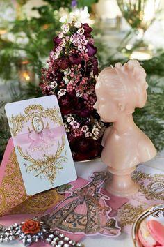 Marie Antoinette Wedding Invitations