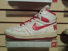 VTG OG 1986 Nike Big White Red size 9 Terminator Jordan Air  #Nike #AthleticSneakers