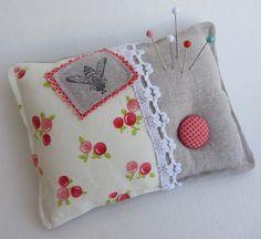 Pin Cushion Zakka Style by nikimaki, via Flickr