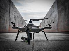 Drohne mit #iPhone-Display und #GoPro-Mount, Wahnsinn! [Video] granad sein Block #drone #drohne