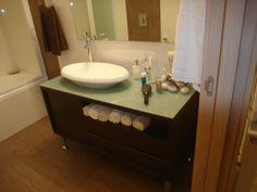 Έπιπλα μπάνιου από Corian. Δείτε αναλυτικά τιμές Corian στο www.kilasin.gr
