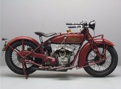 Yesterdays antique motorcycles buying and selling antique motorcycles and related items Indian Motorbike, Vintage Indian Motorcycles, Antique Motorcycles, Vintage Bikes, Cars And Motorcycles, Classic Bikes, Classic Cars, Classic Motorcycle, Bike Engine