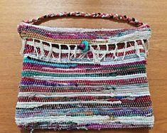 Rag rug bag colorful messenger bag large bohemian tote | Etsy Boho Crossbody Bag, Presents For Her, Bff Gifts, Boho Accessories, Fabric Ribbon, Small Shoulder Bag, Large Bags, Messenger Bag, Purses
