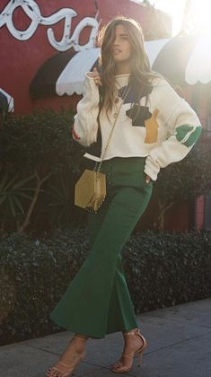 Rocky Barnes street style. Green culottes and printed sweater.    Street style, street fashion, best street style, OOTD, OOTD Inspo, street style stalking, outfit ideas, what to wear now, Fashion Bloggers, Style, Seasonal Style, Outfit Inspiration, Trends, Looks, Outfits.