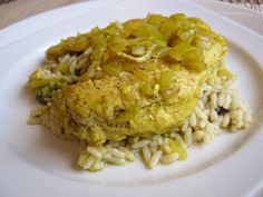 Moroccan Chicken and Rice - Food & Whine2 tbsp vegetable oil 4 boneless, skinless chicken breasts 1 cup finely diced onion 1 cup chicken broth 2 cloves garlic, crushed 1/2 tbsp freshly grated ginger 3 tbsp orange juice 1/2 tsp ground cinnamon 1/4 tsp turmeric 1/4 tsp ground coriander