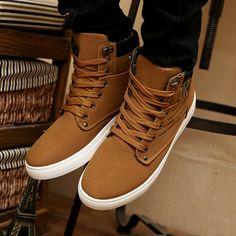 Cheap 1Pair Zapatos Hombres Otoño Invierno Cálido Casual zapatos de lona altos hombres del Boots Street Fashion Sneakers.
