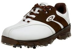 Made from leather these great looking superdrive golf shoes by Oakley will ensure you feel your very best when out on the course
