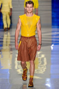 Versace   Spring 2012 Menswear Collection   Style.com