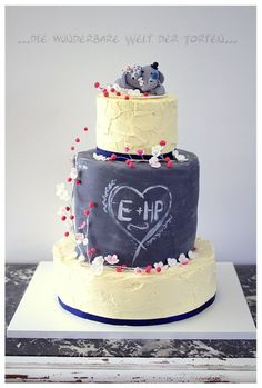 Chalkboard Wedding, Wedding Cakes, Desserts, Food, Make It Happen, Cake Ideas, Writing, Amazing, Wedding Gown Cakes