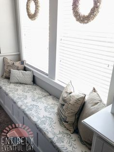 The easiest way to make a custom bench cushion. Simple and inexpensive. #diy #bench #cushion www.entirelyeventfulday.com