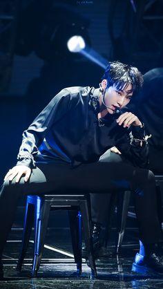 Hoshi in black, I can't-