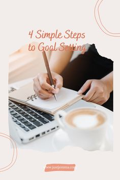If you're ready to transform your life, find out my best tips on how to set goals so that you achieve them. These simple goal-setting tips will change how you approach accomplishing your life goals so that you can find true happiness and fulfilment. This is the motivation you were looking for your life goals. Short Term Goals, Goal Board, Learn A New Language, True Happiness, Motivation Success, Transform Your Life, Blogger Tips, Setting Goals, Life Goals