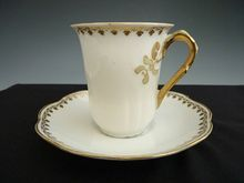 Vintage looking tableware