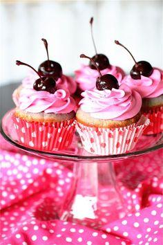 Cherry Almond Cupcakes, the Curvy Carrot #dessert #recipe