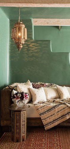 Gorgeous room via @jena1125. #stylishspaces #homedecor