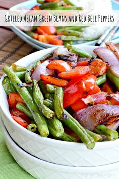 Looking for a flavorful new grilled vegetable side dish? Try my recipe for Grilled Asian Green Beans and Red Bell Peppers! Best Side Dishes, Side Dish Recipes, Vegetable Recipes, Asian Green Beans, Farmers Market Recipes, Asian Vegetables, Clean Eating, Healthy Eating, Veg Dishes