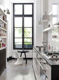 Wonderful Apartment Design In Paris | Freshnist